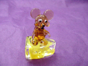 Glass Mouse on Cheese Miniature